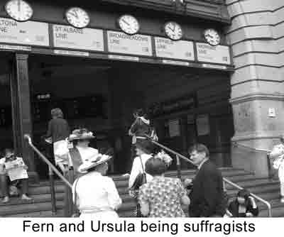 suffragists_fernartz